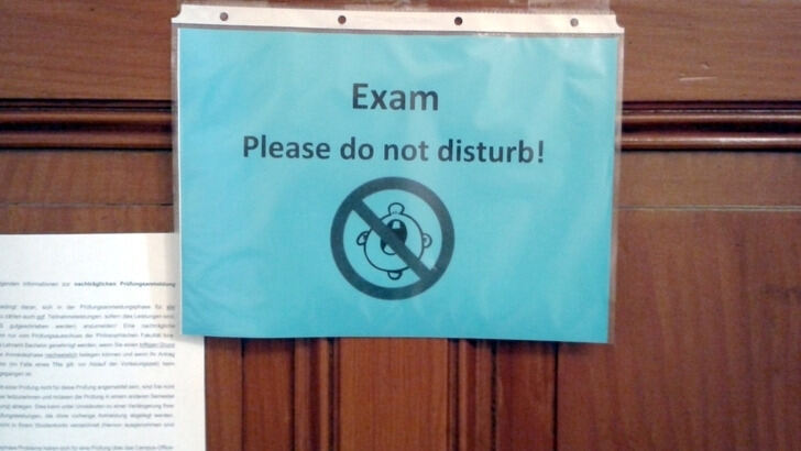 "Doorsign ""Exam - Do not disturb"""